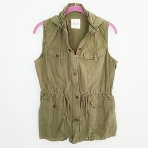 {Mudd} Green Cargo Hooded Vest Size Large